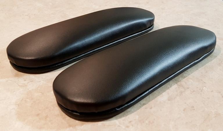 Накладки на подлокотники кожа чёрная